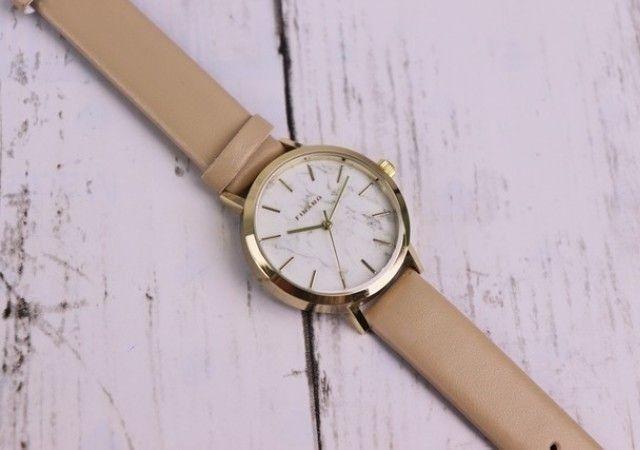 c05eeaa3a2 ダイソーの腕時計は電池交換も可能で100均商品には見えない高見え!防水機能付きの種類も♡