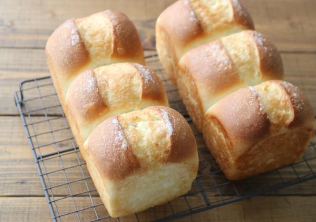 100均 パン型 使った 手作り 食パン