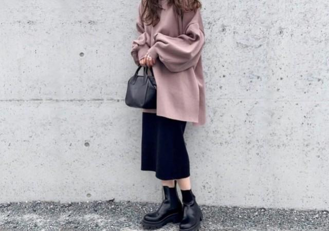 GU 黒スカート コーデ 画像